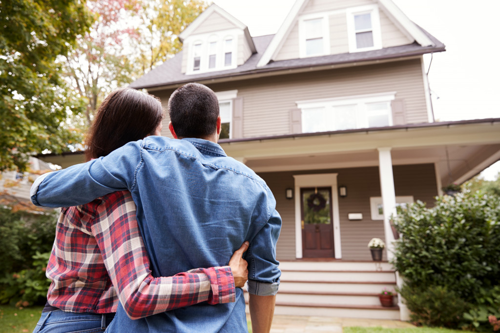 couple planning to rent their house