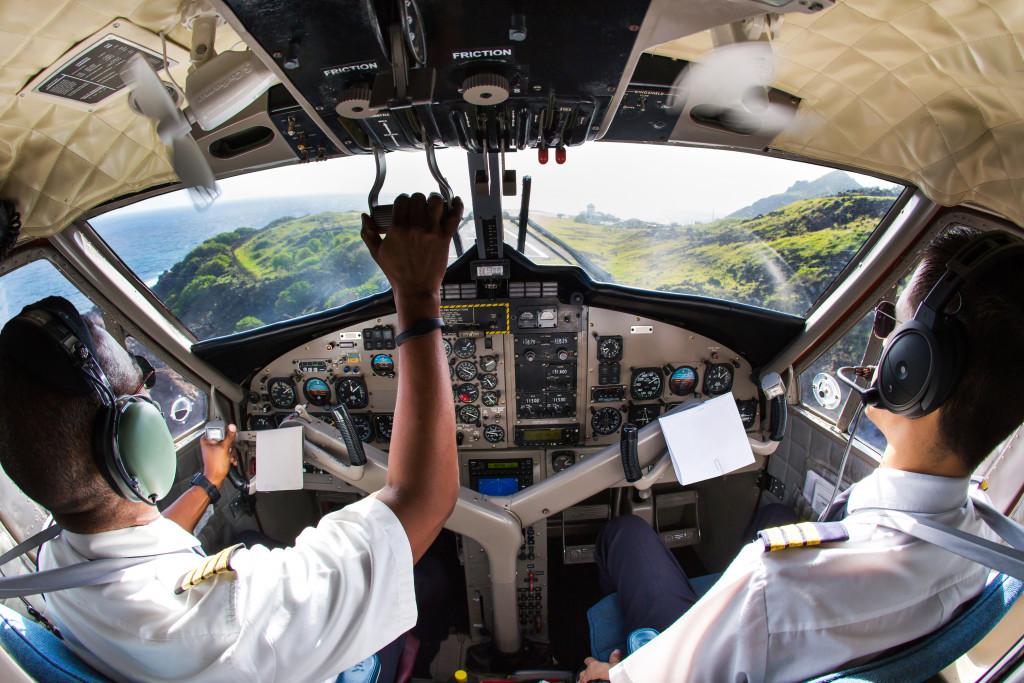 pilot and co-pilot landing plan